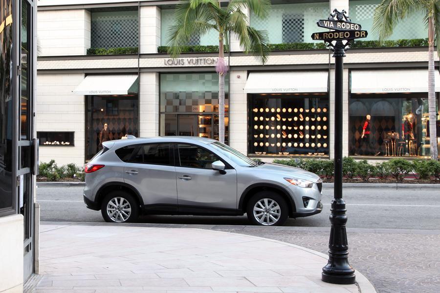 2014 Mazda CX-5 Photo 3 of 31