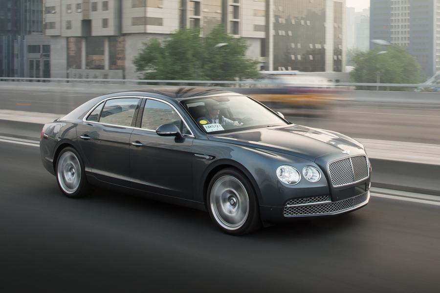 2014 bentley flying spur reviews specs and prices. Black Bedroom Furniture Sets. Home Design Ideas