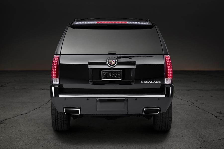 2014 Cadillac Escalade ESV Photo 2 of 5