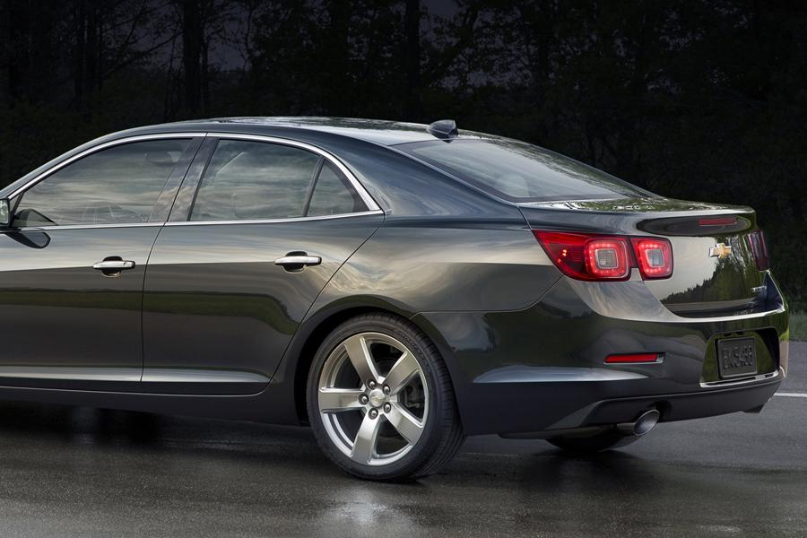 2014 Chevrolet Malibu Photo 3 of 15