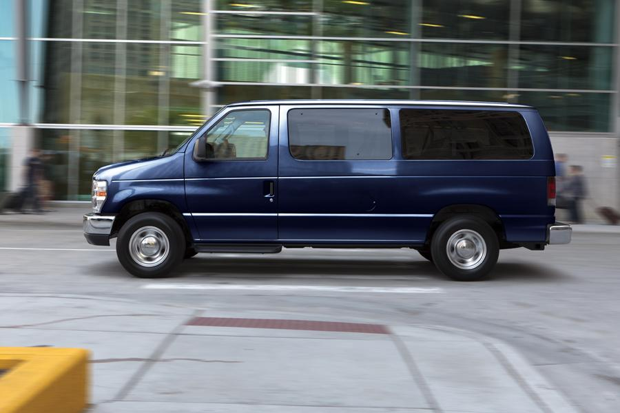 Ford 15 Passenger Van >> Ford E250 Cargo Van Models, Price, Specs, Reviews | Cars.com