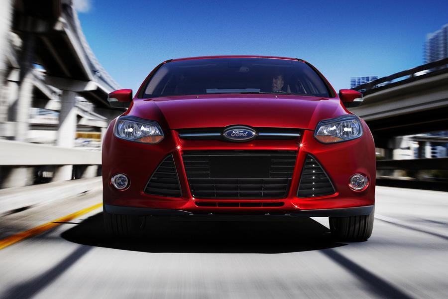 2014 ford focus reviews specs and prices carscom - Ford Focus 2014 Sedan Red