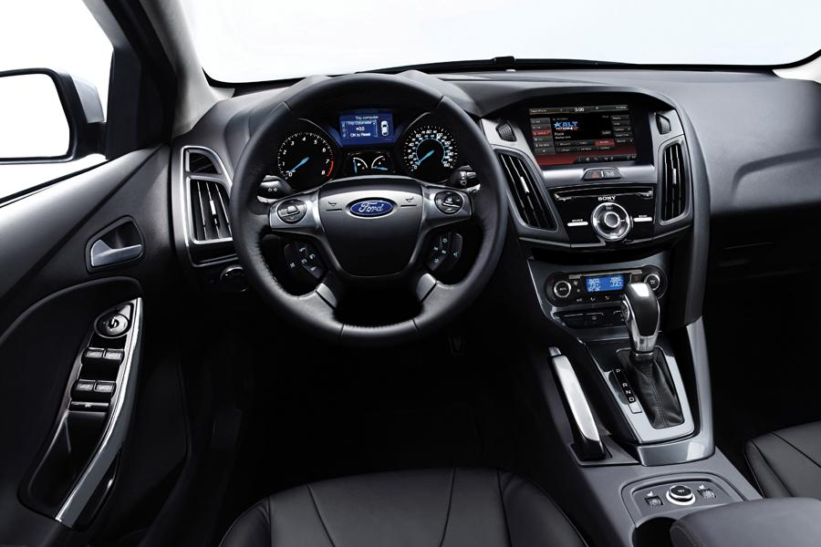 12 photos of 2014 ford focus all years - Ford Focus 2014 Hatchback White