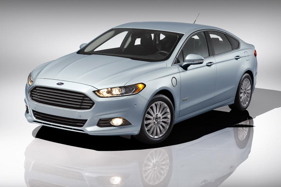 2014 Ford Fusion Energi Photo 1 of 9