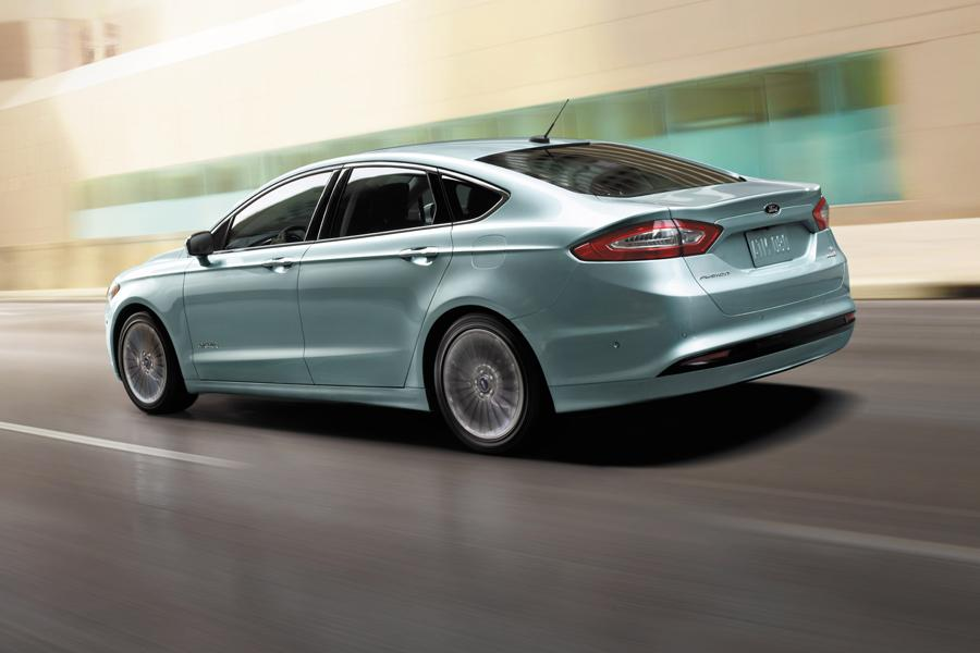 2014 Ford Fusion Hybrid Photo 2 of 5
