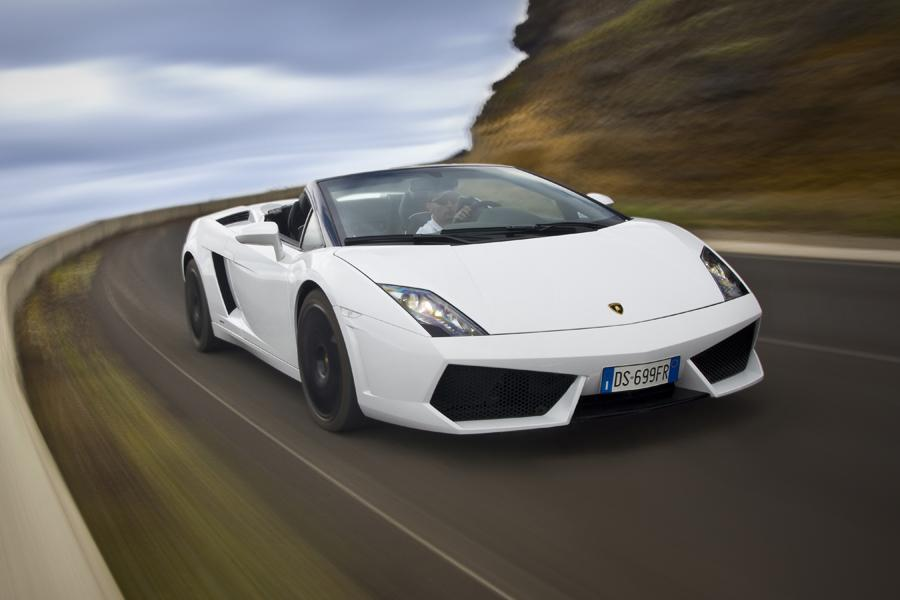 2013 Lamborghini Gallardo Photo 2 of 16