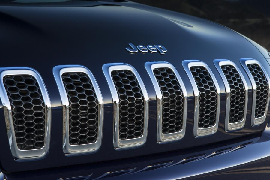 2014 Jeep Cherokee Photo 3 of 16