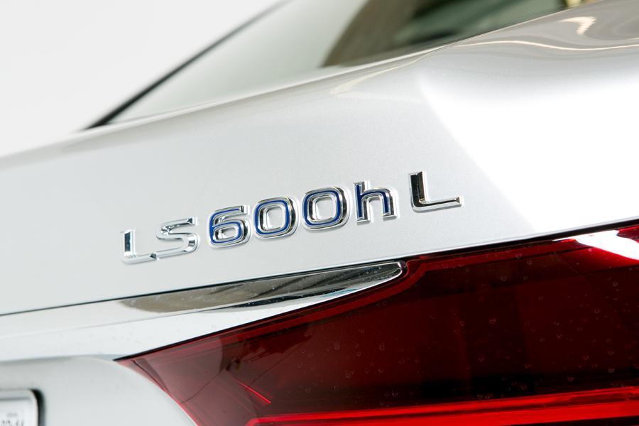 2013 Lexus LS 600h L Photo 5 of 43