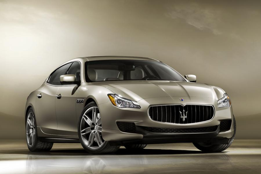 2013 Maserati Quattroporte Photo 2 of 40