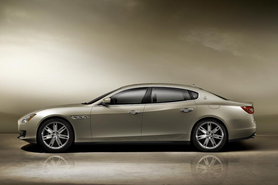2013 Maserati Quattroporte Photo 3 of 40