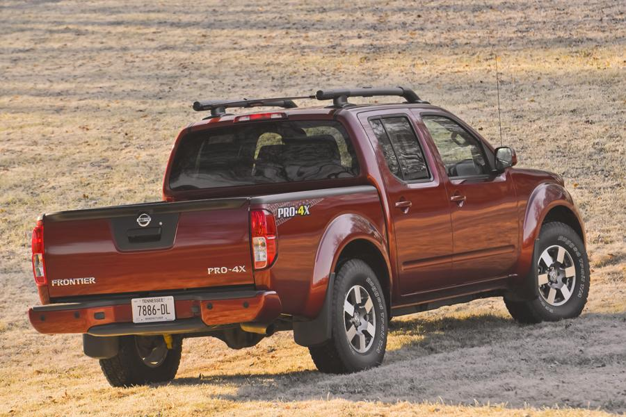 2013 Nissan Frontier Photo 5 of 28