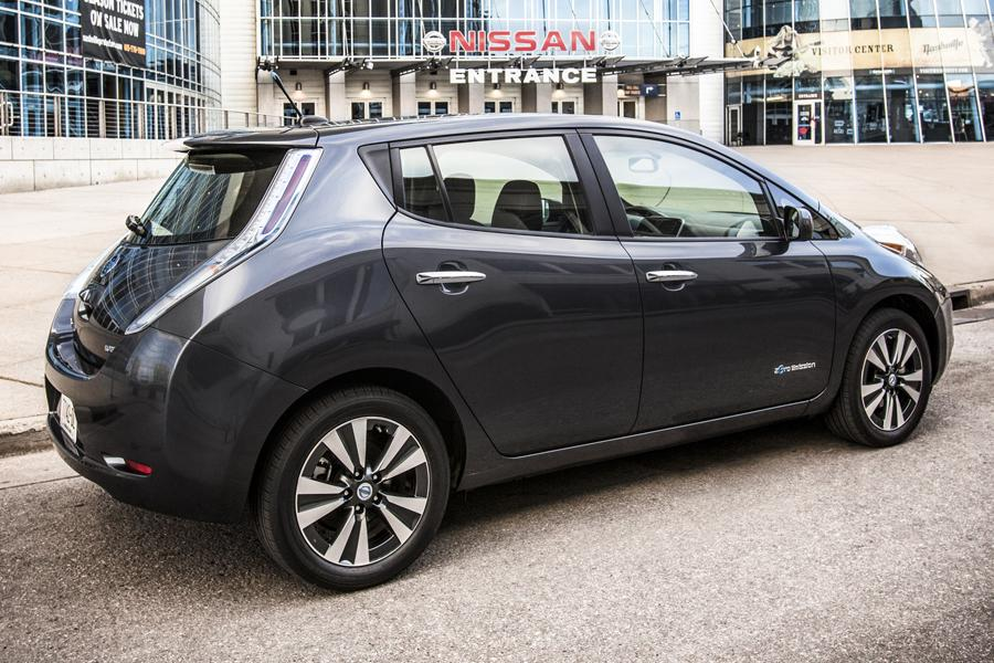 2013 Nissan Leaf Overview Cars Com