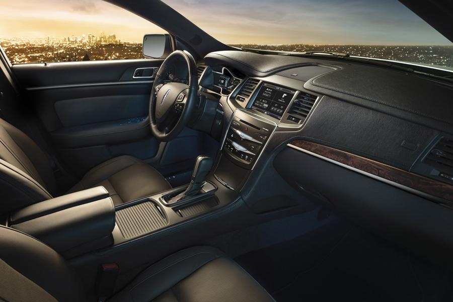 2014 Lincoln MKS Photo 3 of 6