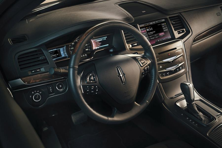 2014 Lincoln MKS Photo 6 of 6