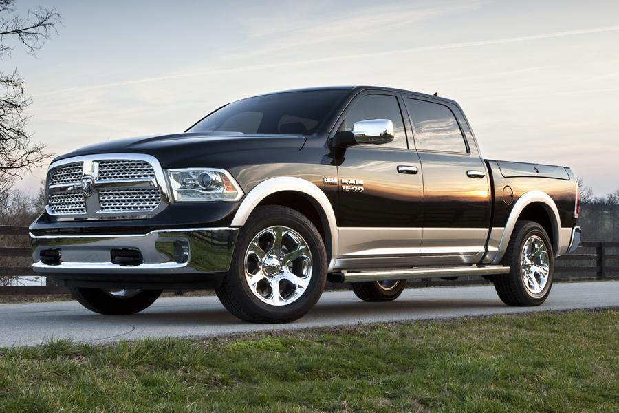 2014 RAM 1500 Photo 3 of 20