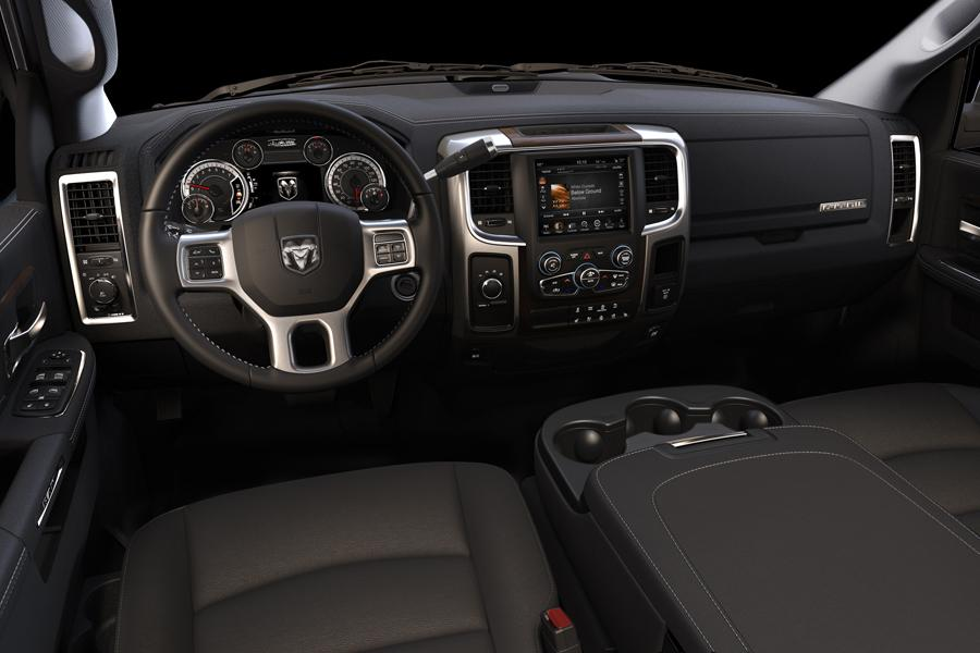 2014 RAM 2500 Photo 5 of 5