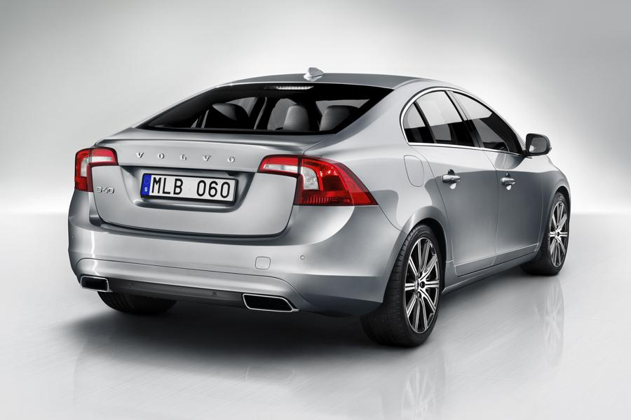 2014 Volvo S60 Photo 2 of 16