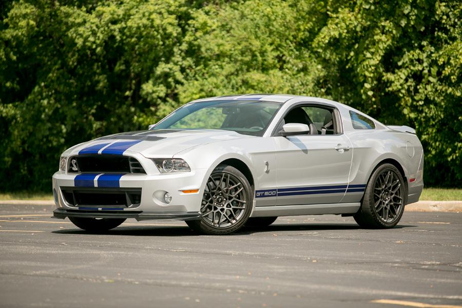 2013 Ford Mustang Photo 1 of 76