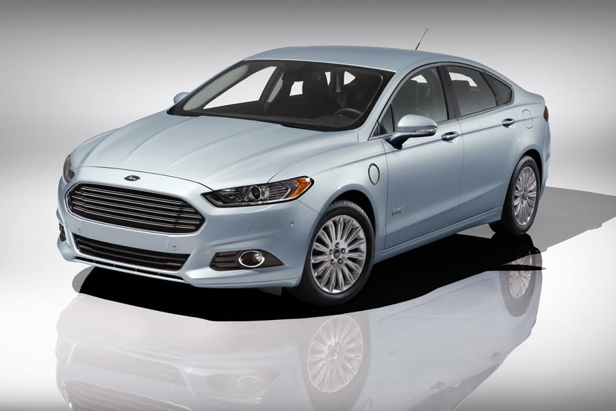 2013 Ford Fusion Energi Photo 1 of 11