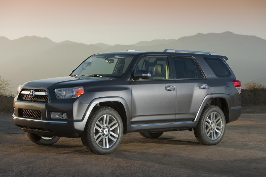 2012 Toyota 4Runner Photo 3 of 17