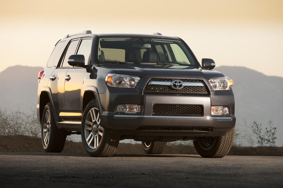 2012 Toyota 4Runner Photo 6 of 17