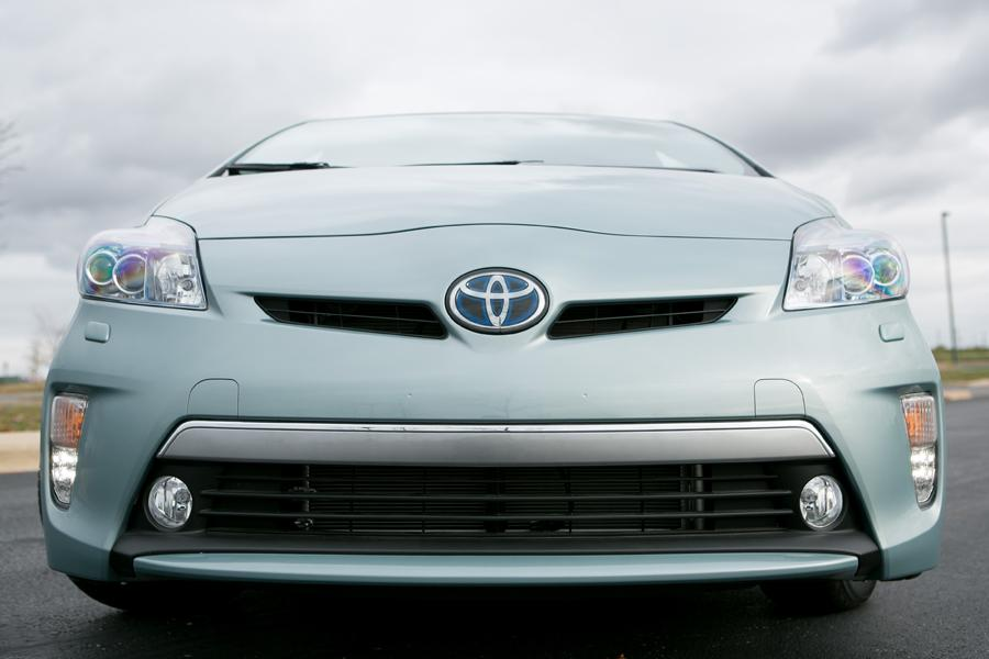 2012 Toyota Prius Plug-in Photo 5 of 21