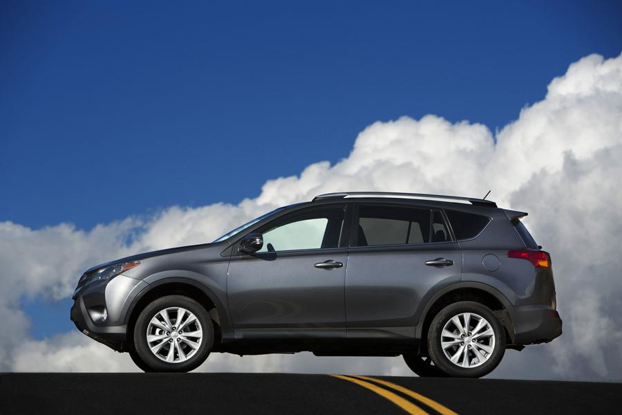 2012 Toyota RAV4 Photo 5 of 25