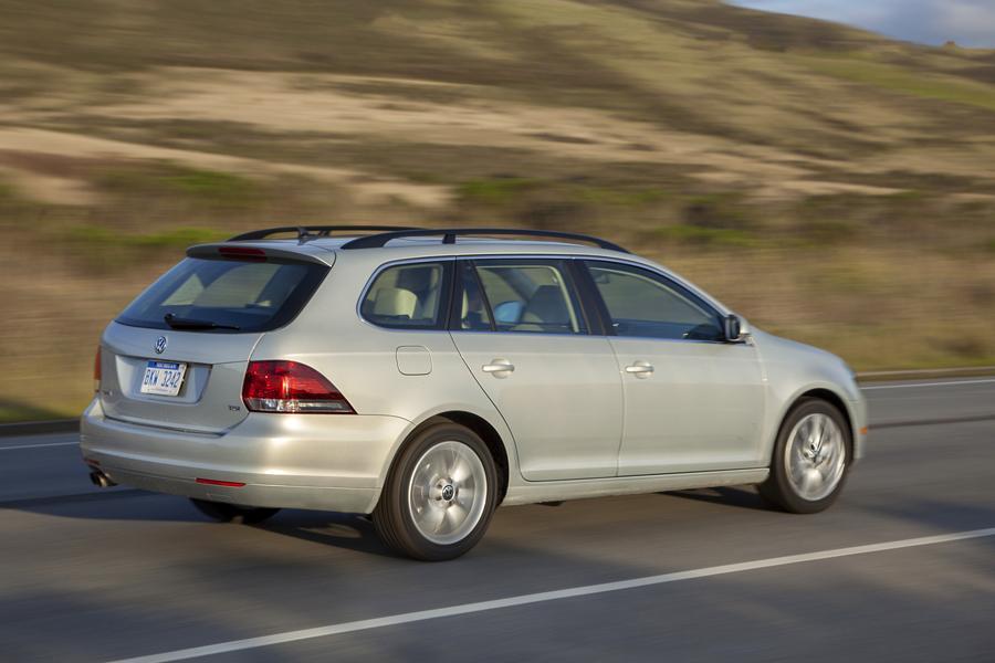 2012 Volkswagen Jetta SportWagen Photo 4 of 16