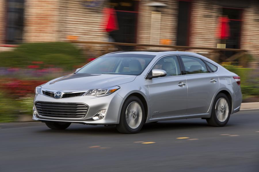 2013 Toyota Avalon Hybrid Photo 4 of 20