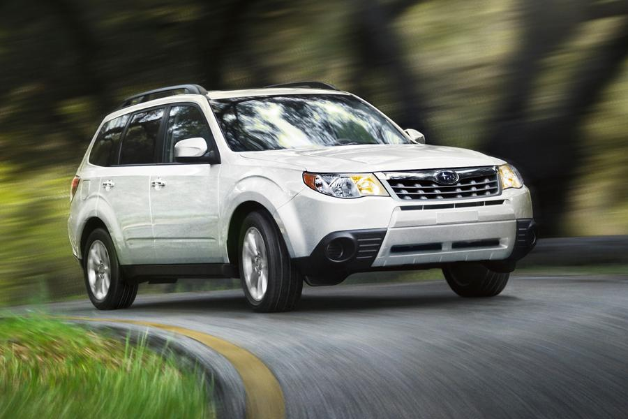 2013 Subaru Forester Photo 1 of 18