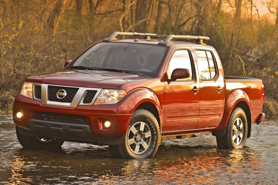 2013 Nissan Frontier Photo 1 of 28