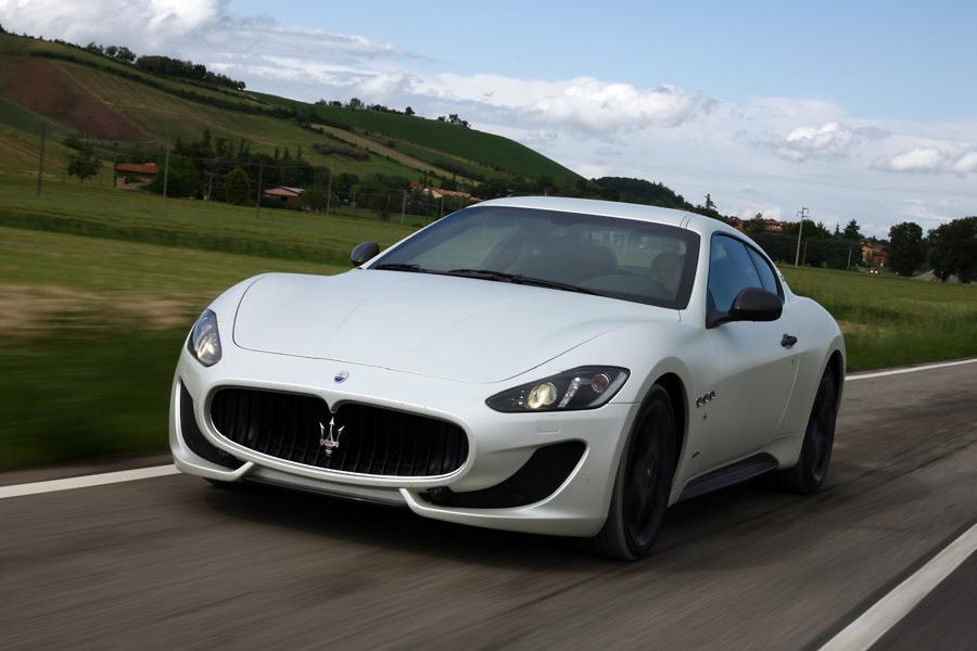 2013 Maserati GranTurismo Photo 1 of 40