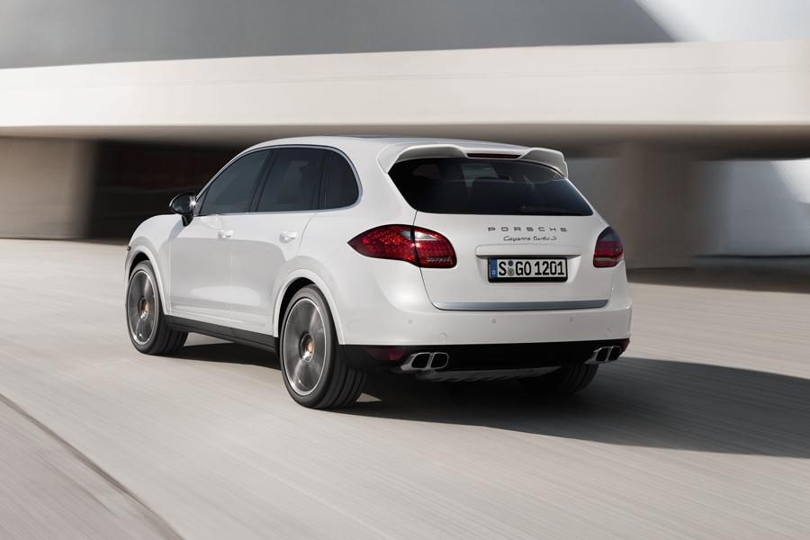 2014 Porsche Cayenne Photo 3 of 18