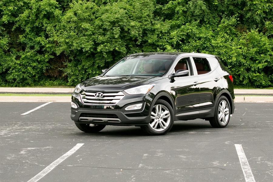2013 Hyundai Santa Fe Photo 1 of 37