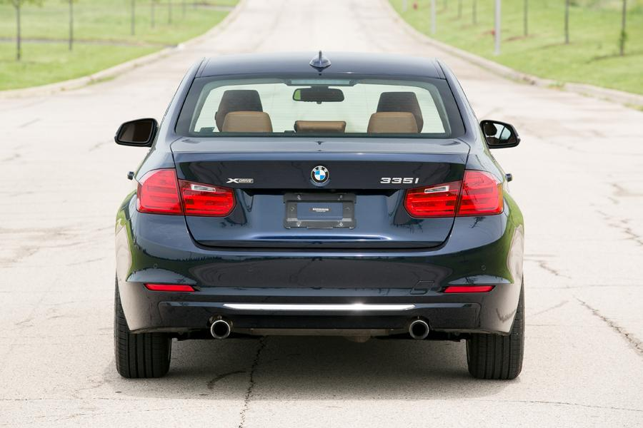 2013 BMW 335 Photo 2 of 22
