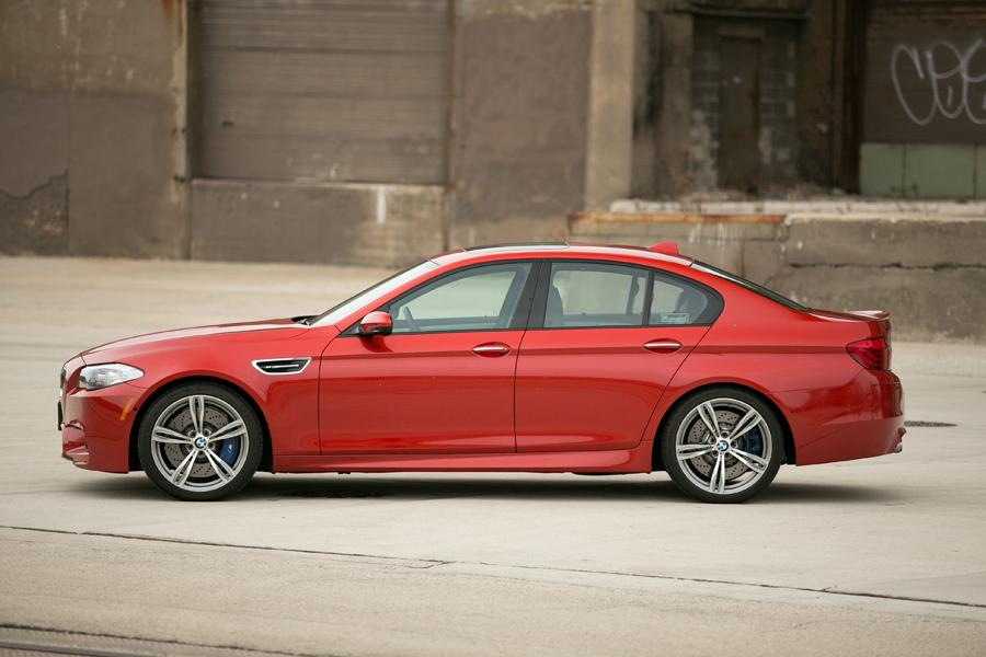 2013 bmw m5 reviews specs and prices. Black Bedroom Furniture Sets. Home Design Ideas