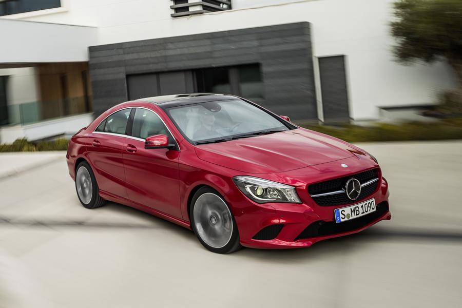 2014 Mercedes-Benz CLA-Class Photo 2 of 18