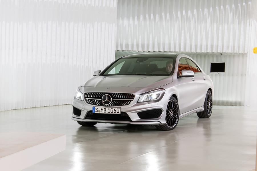 2014 Mercedes-Benz CLA-Class Photo 5 of 18