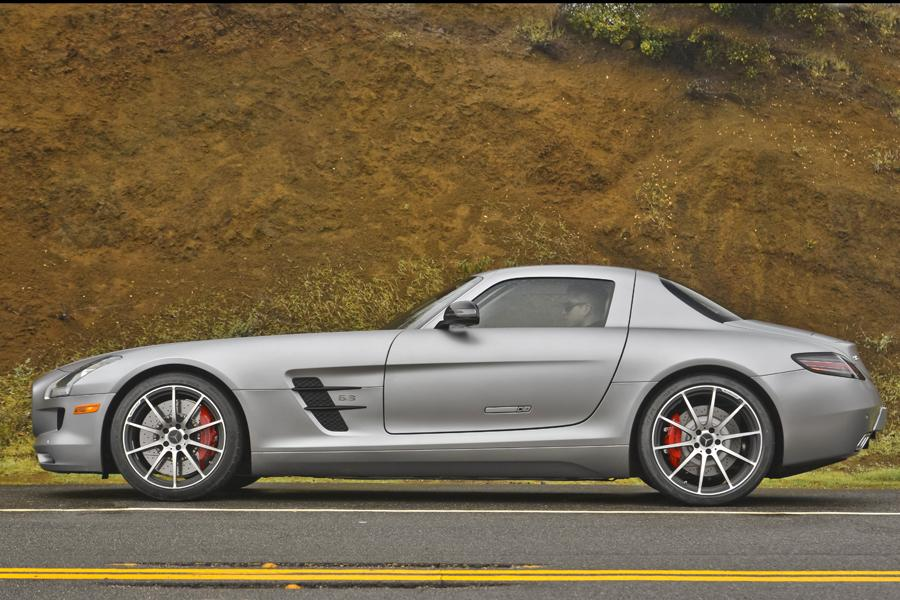2014 mercedes benz sls amg overview. Black Bedroom Furniture Sets. Home Design Ideas