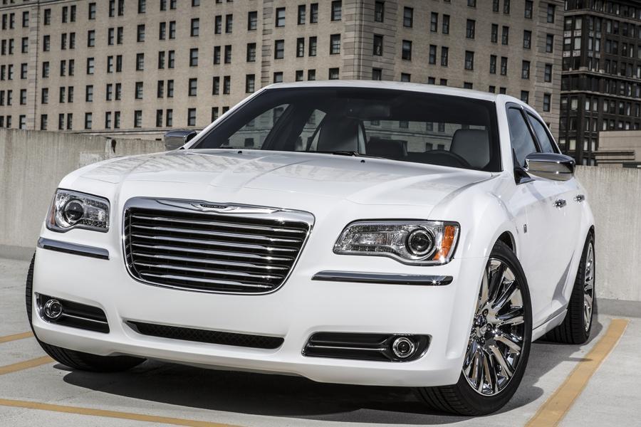 2014 Chrysler 300C Photo 1 of 16
