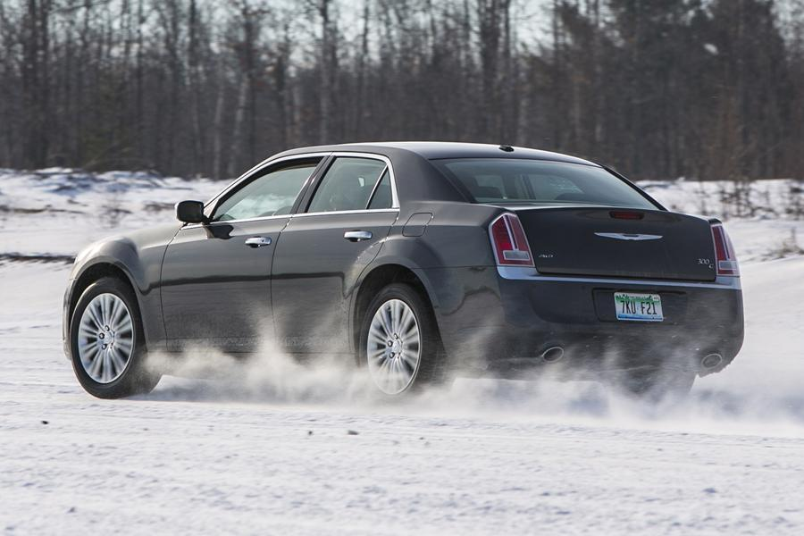 2014 Chrysler 300c Reviews Specs And Prices Cars Com