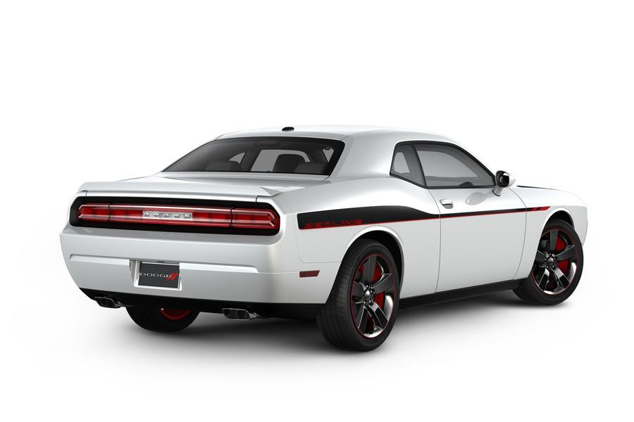 2013 Dodge Challenger Photo 4 of 28