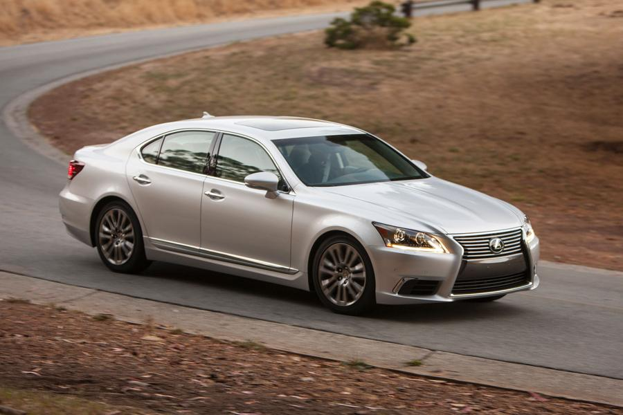2013 Lexus LS 460 Photo 4 of 34