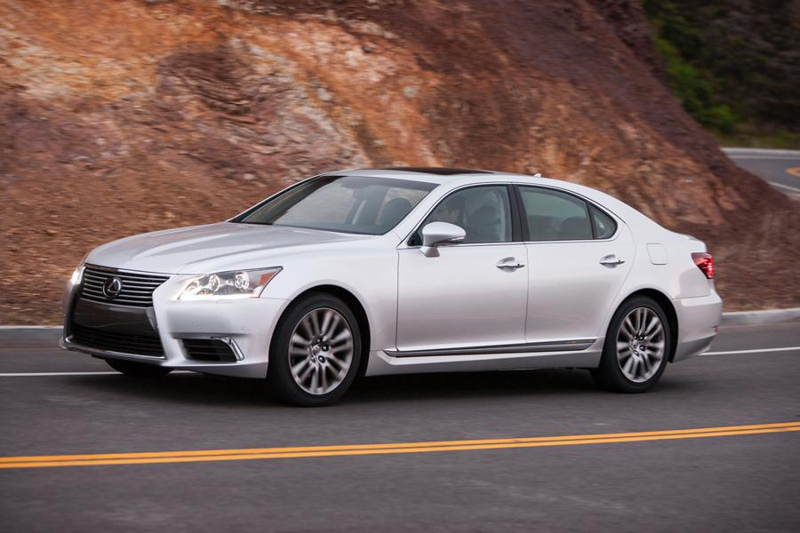 2013 Lexus LS 460 Photo 3 of 34