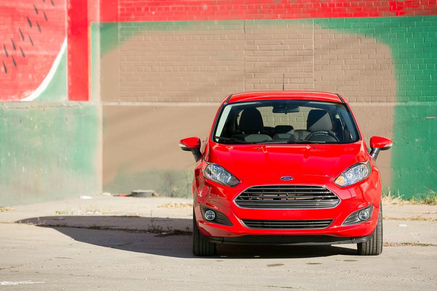 2014 Ford Fiesta Photo 3 of 51