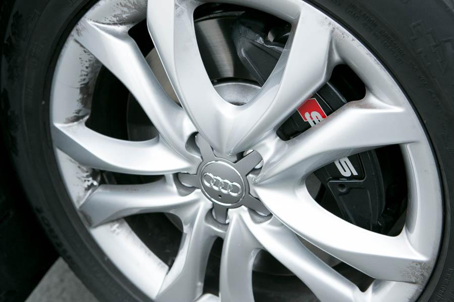 2014 Audi SQ5 Photo 3 of 21