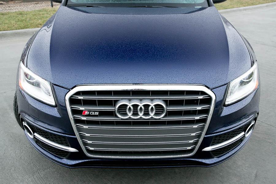 2014 Audi SQ5 Photo 2 of 21