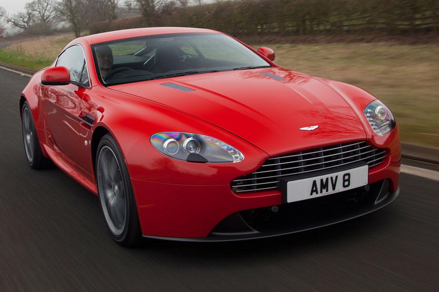 2014 Aston Martin V8 Vantage Photo 2 of 20