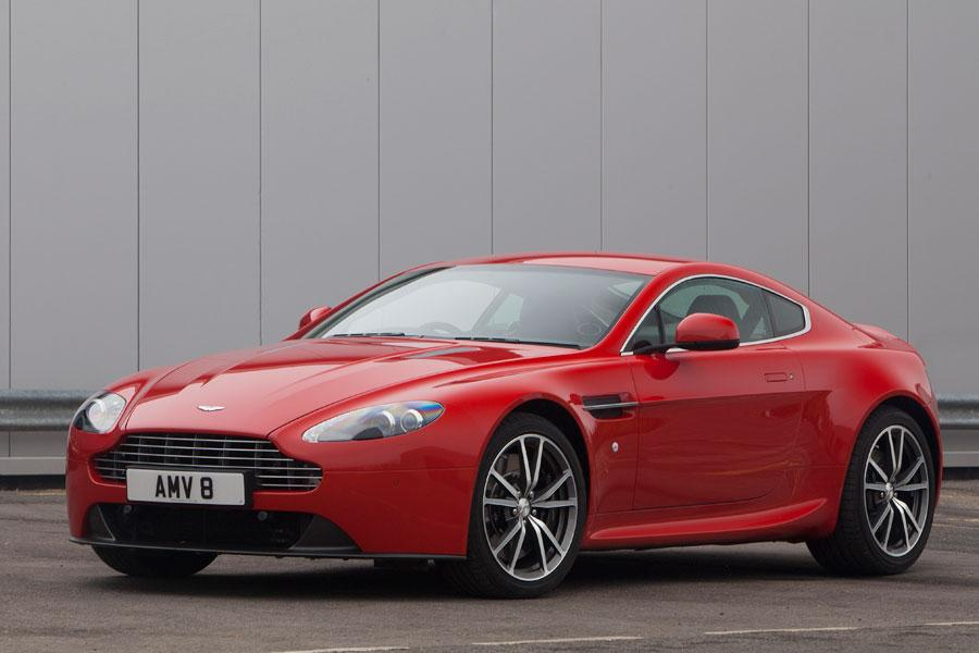 2014 Aston Martin V8 Vantage Photo 1 of 20
