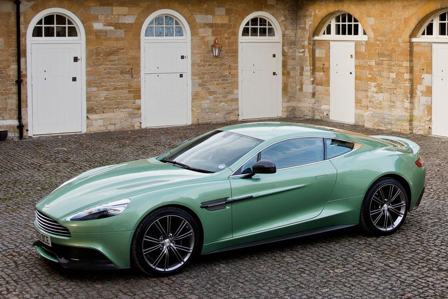 2014 Aston Martin Vanquish Photo 5 of 18